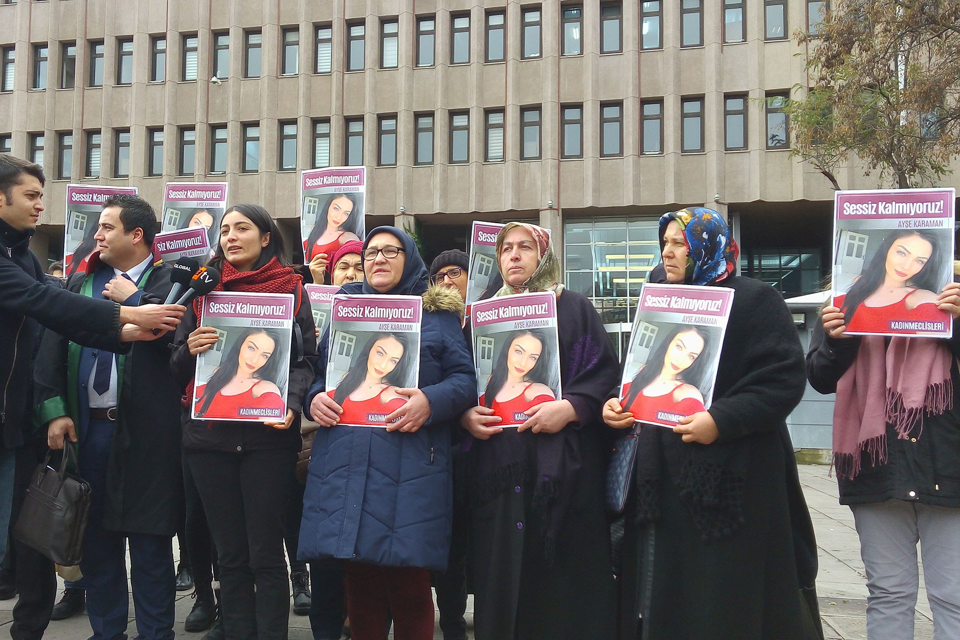 Ayşe Karaman'ın davası sonrası yapılan basın açıklaması