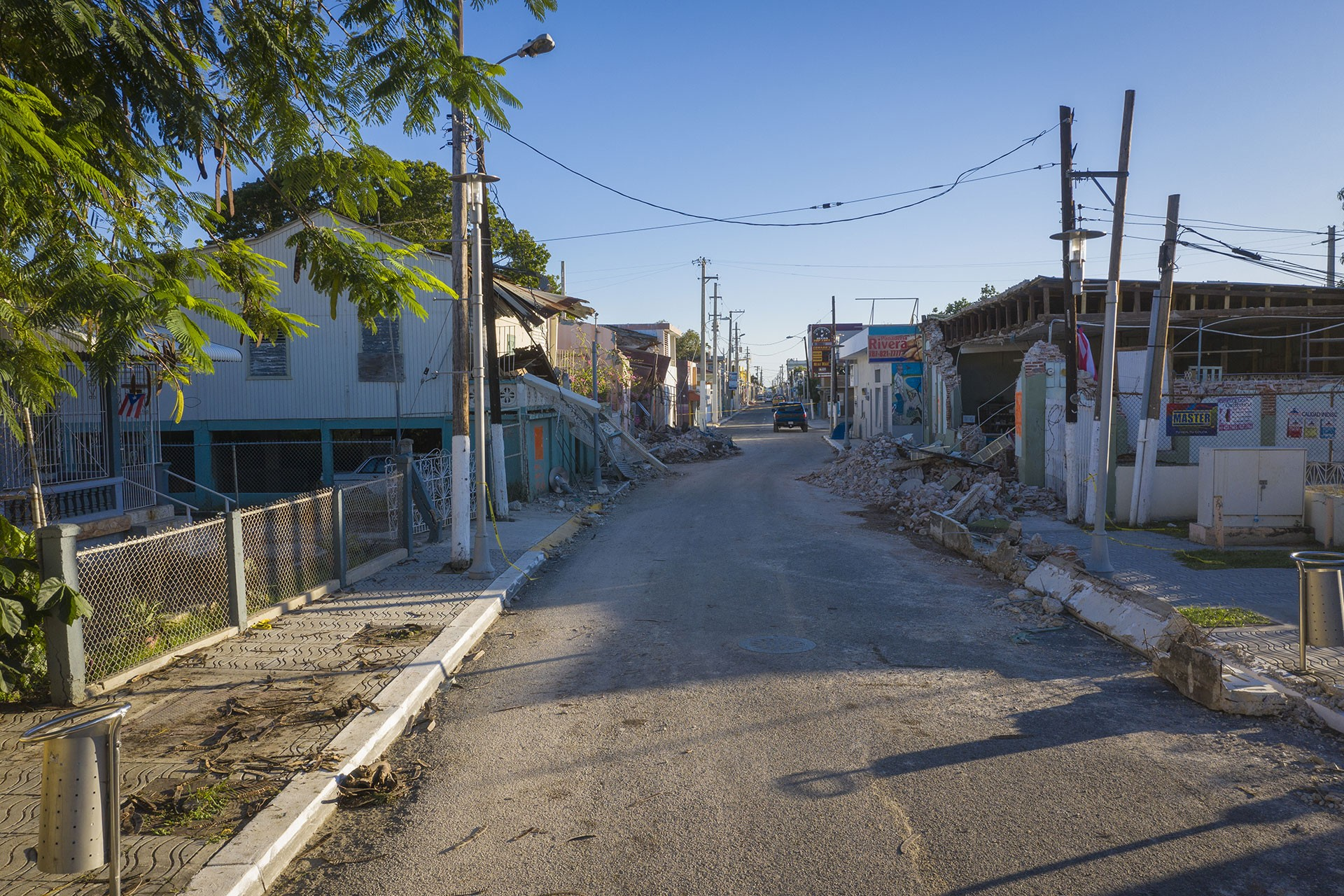 Porto Riko'da meydana gelen 6,5 büyüklüğündeki depremde hasar gören binalar