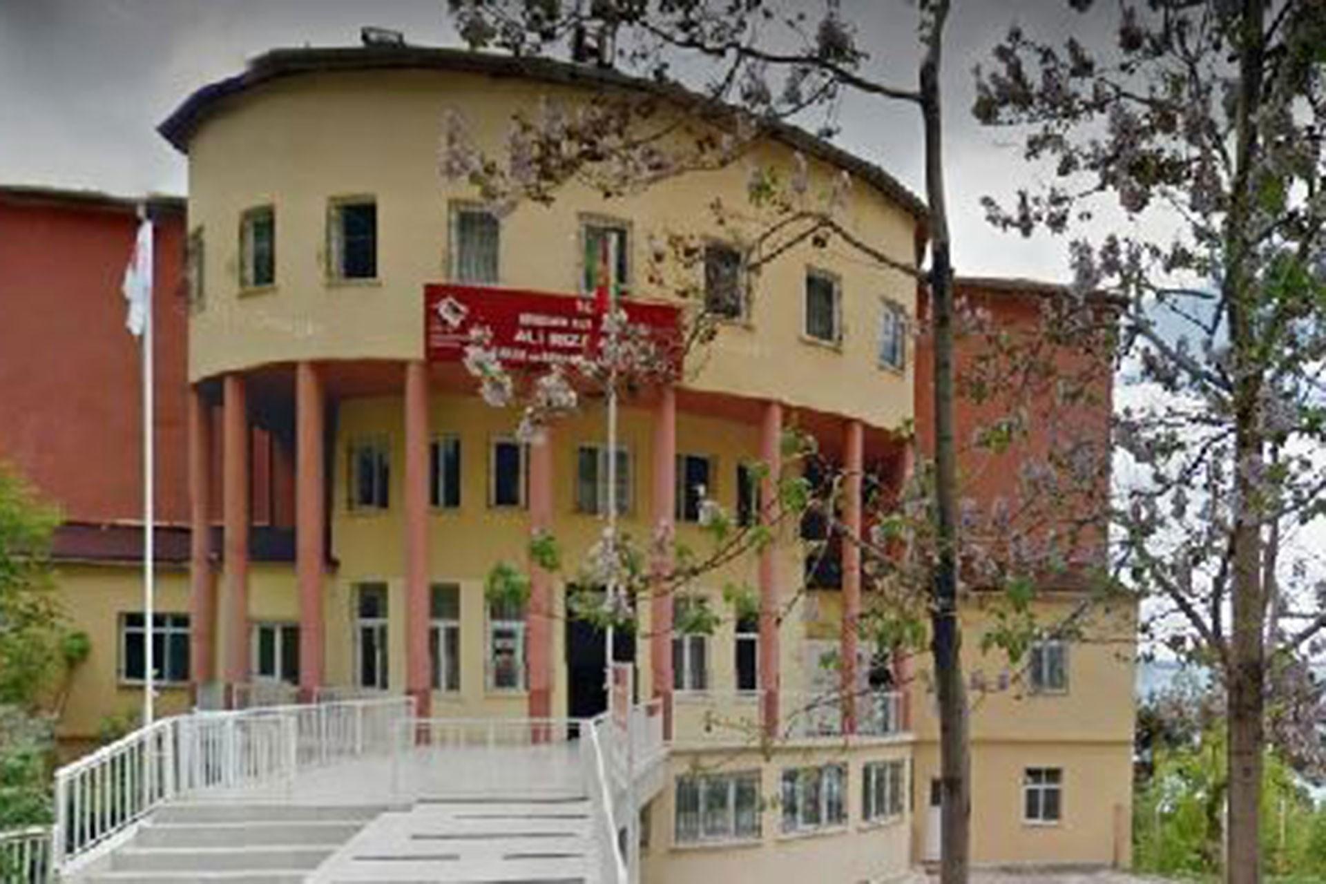 Ali Rıza Alıçlı Bakım ve Rehabilitasyon Merkezi