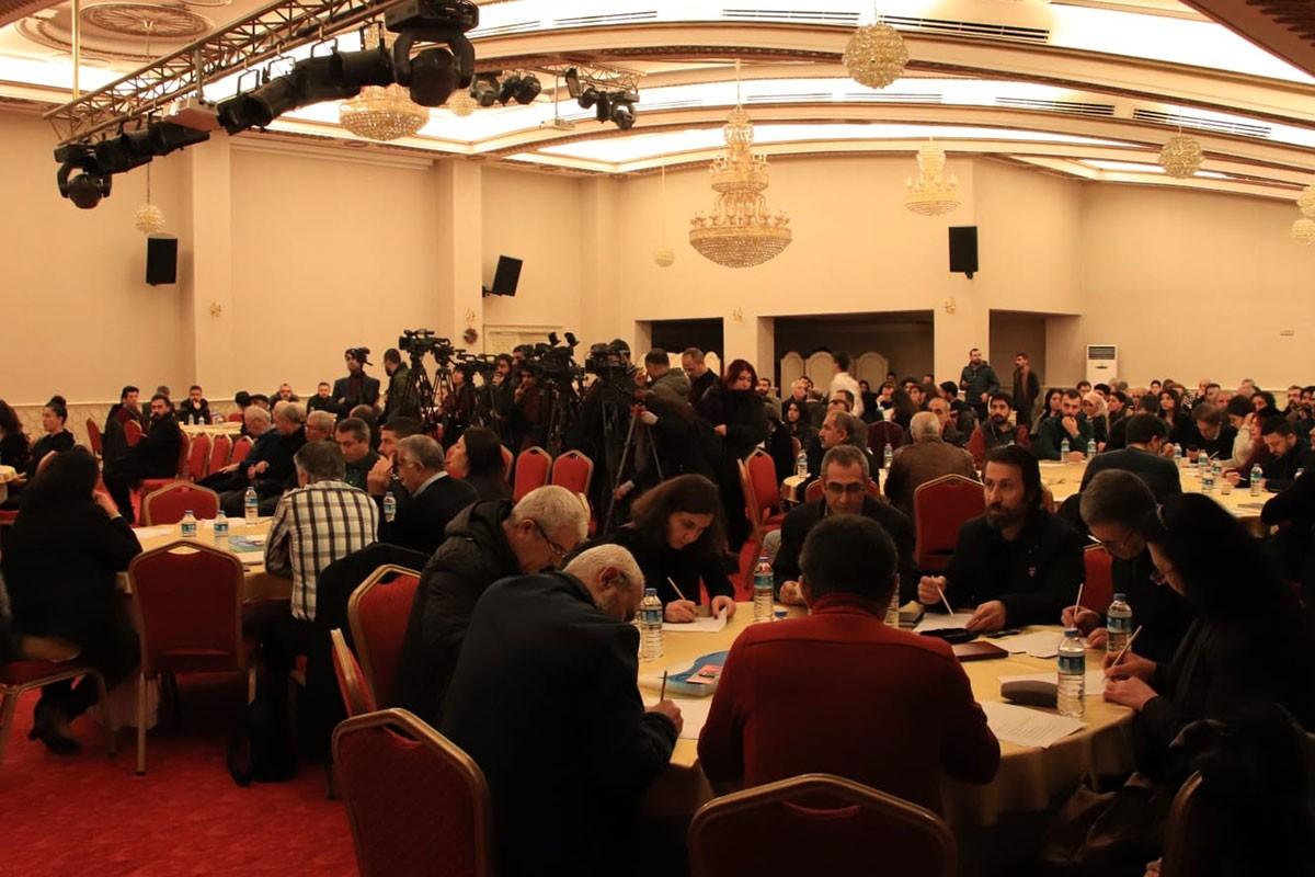 Çalıştay için toplanan kalabalık