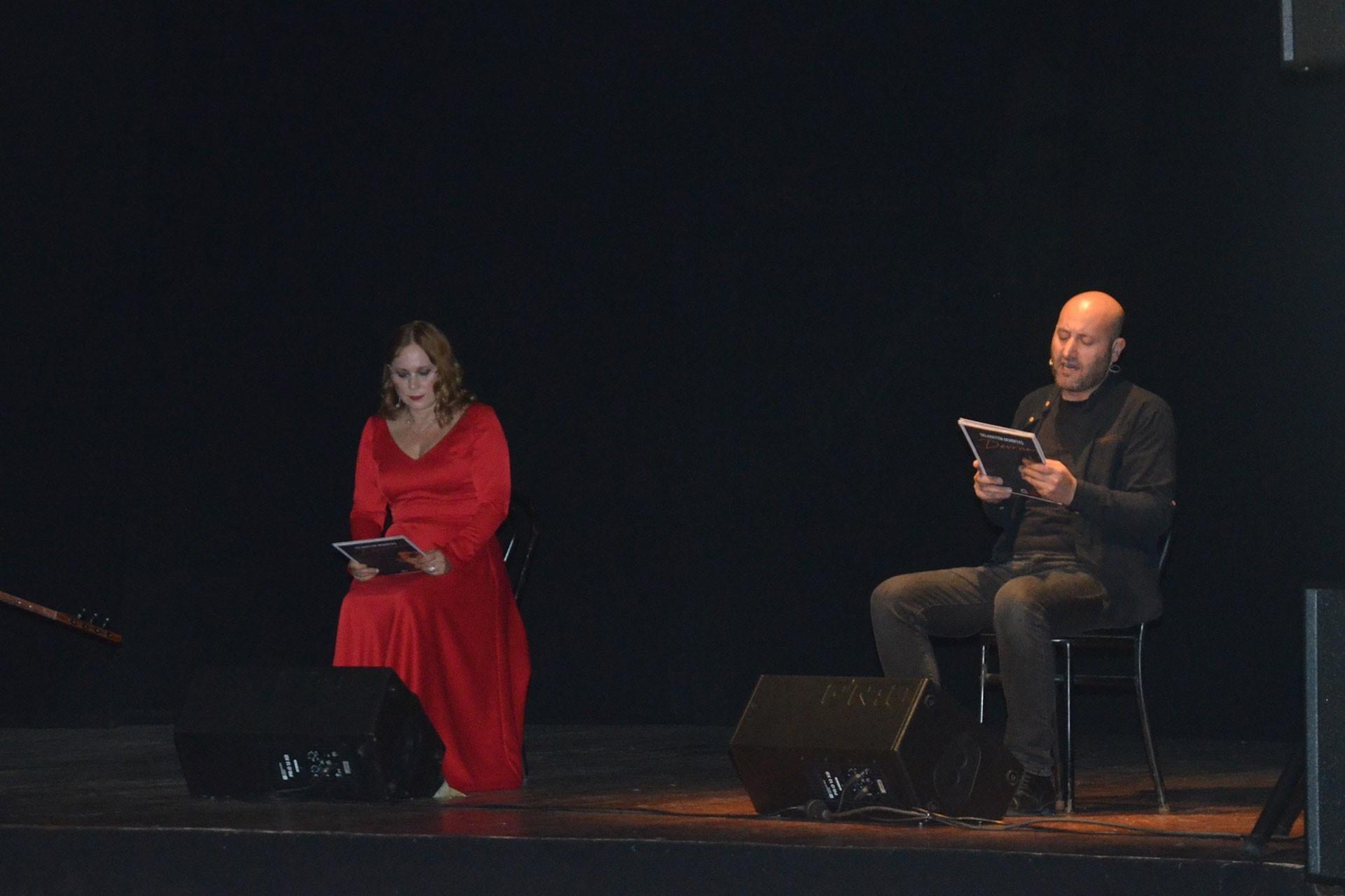 (Soldan sağa) Jülide Kural ve Ömer Şahin