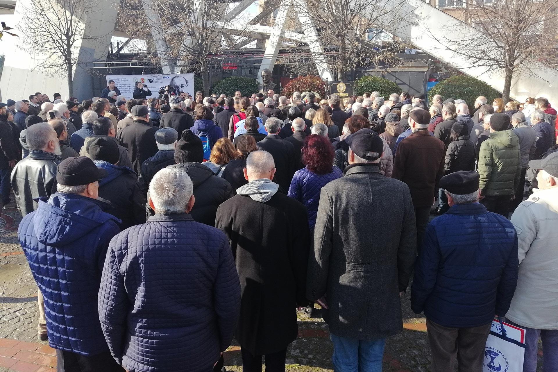 Uğur Mumcu, İzmit'te düzenlenen etkinlikle anıldı