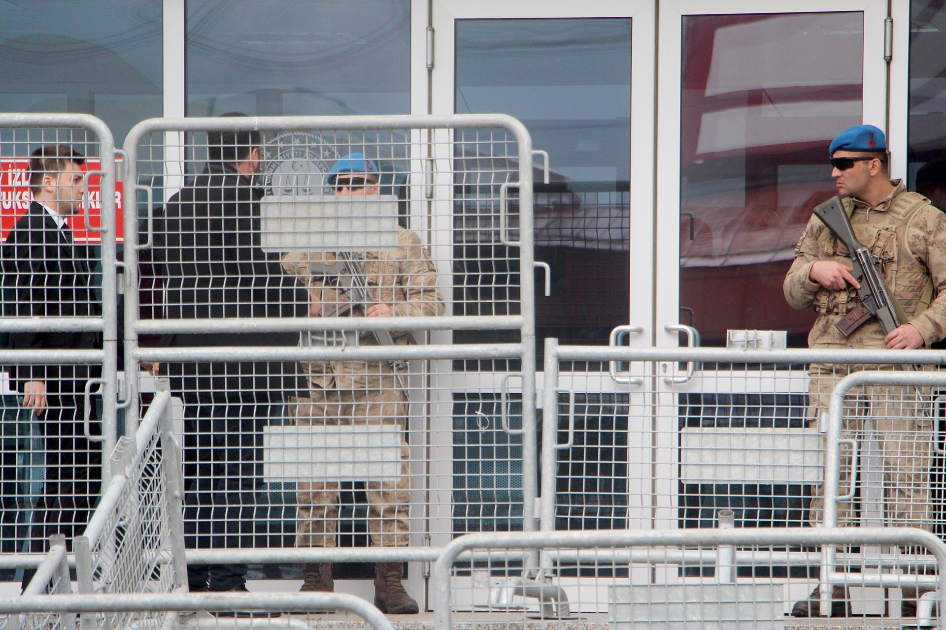 Gezi Davası'nın görüldüğü Silivri'deki duruşma salonunun dıştan fotoğrafı