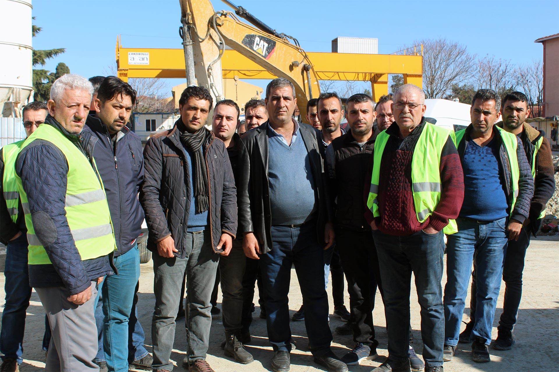 Metro inşaatında greve çıkan inşaat işçileri