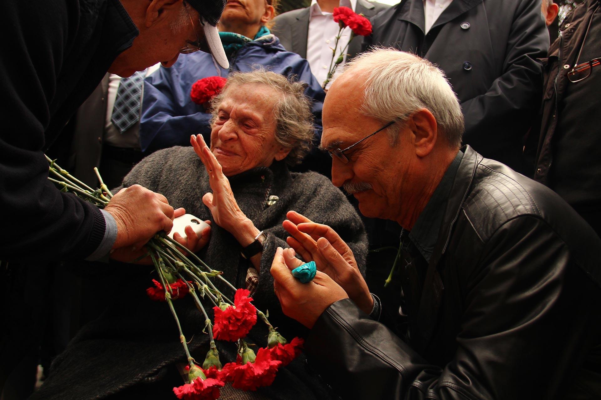 Şekibe Çelenk, Mustafa Yalçıner ile birlikte