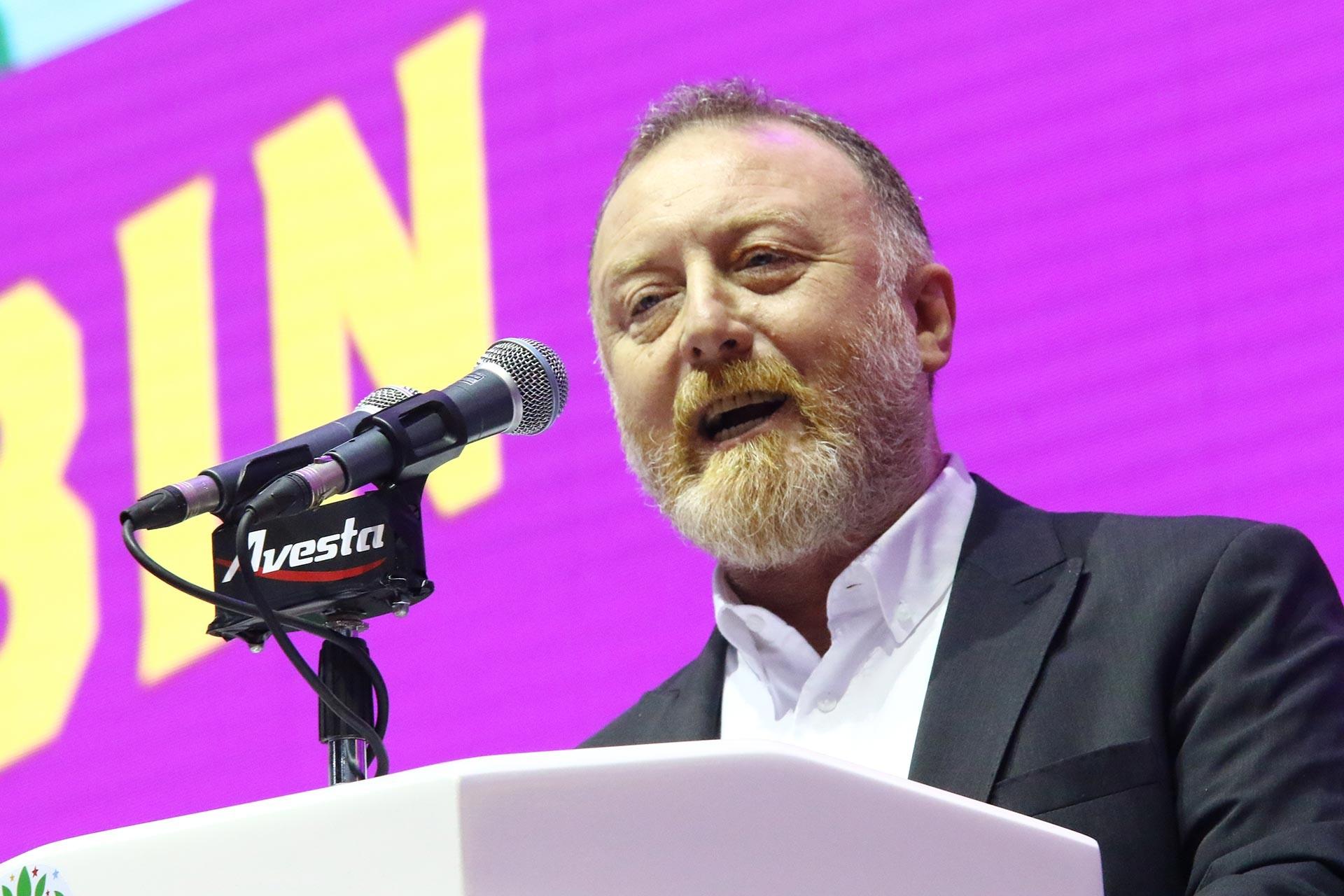 Sezai Temelli, HDP'nin 4'üncü kongresinde konuşurken.