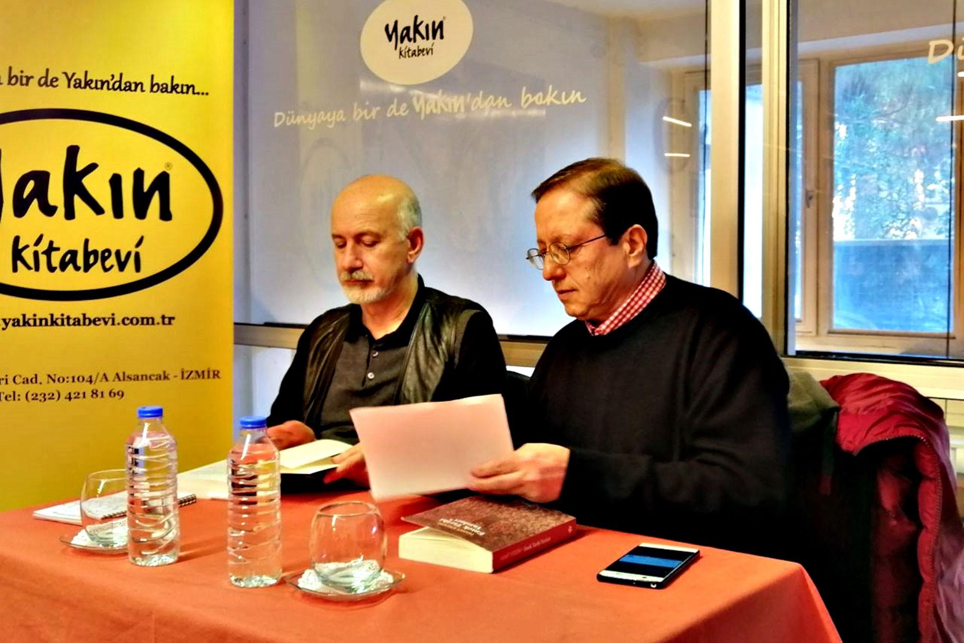 Yazar Hamit Erdem Yakın Kitapevi'nde okurlarıyla buluştu.