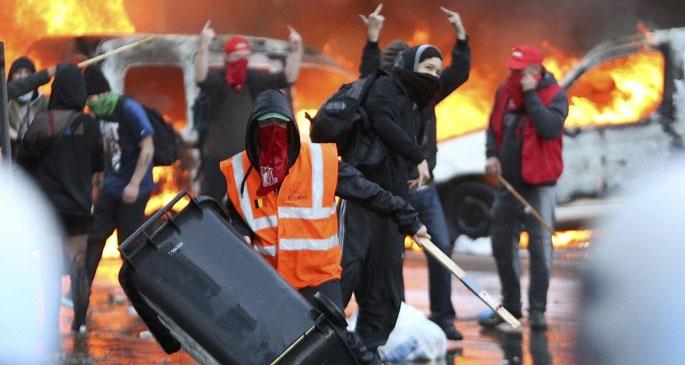Brüksel'de 120 bin kişi alanlara çıktı