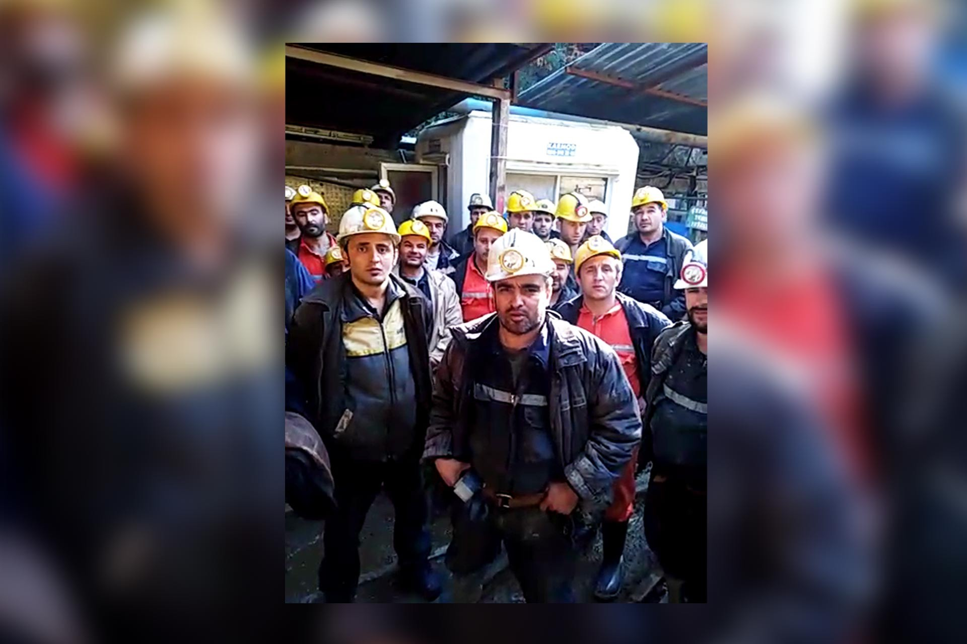 Fotoğraf: Çanakkale'de bulunan NESKO Madende çalışan işçiler taleplerinin kabul edilmesi için kendilerini madene kapattı