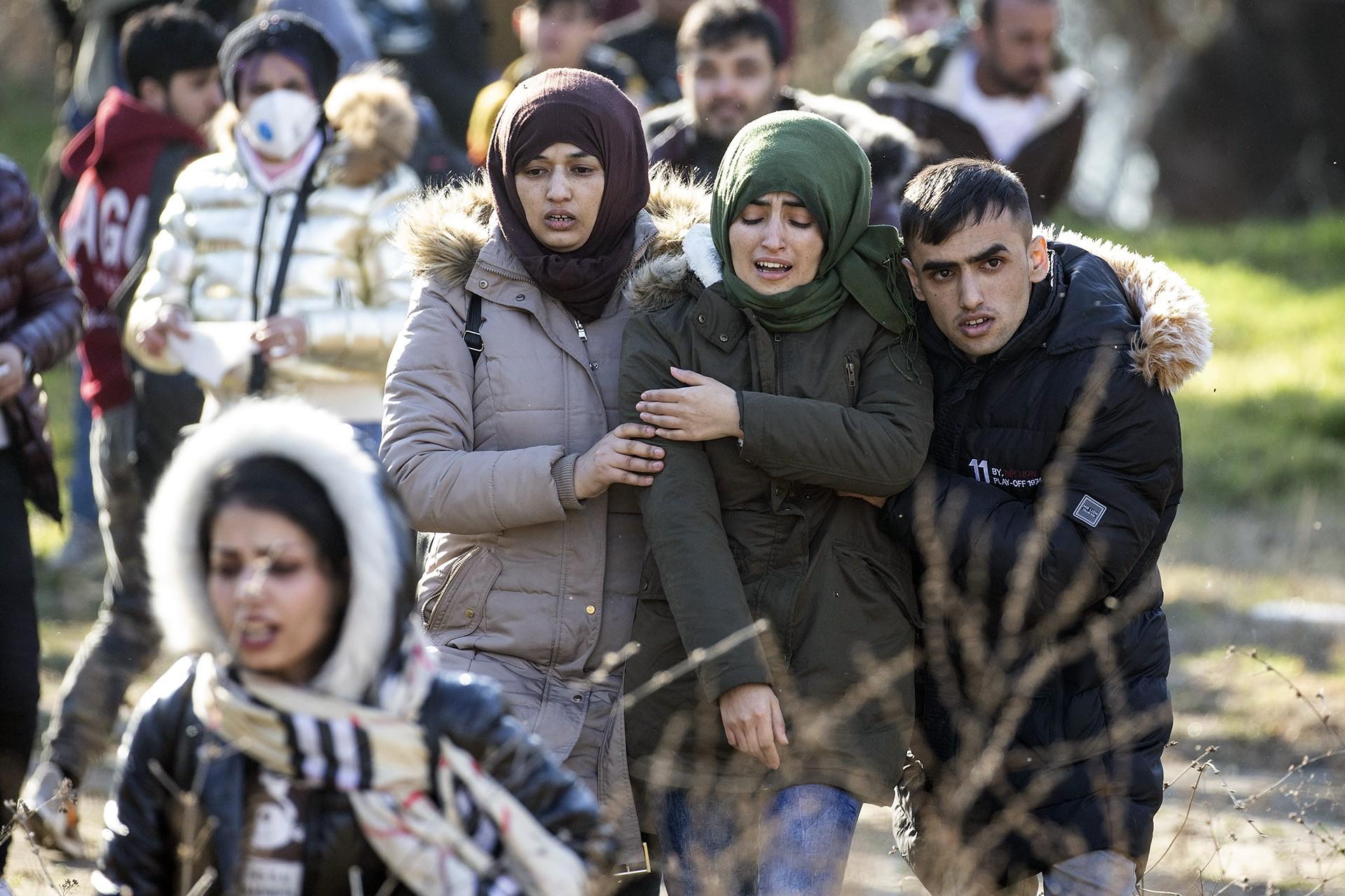 Mültecilere gaz bombası atıldı