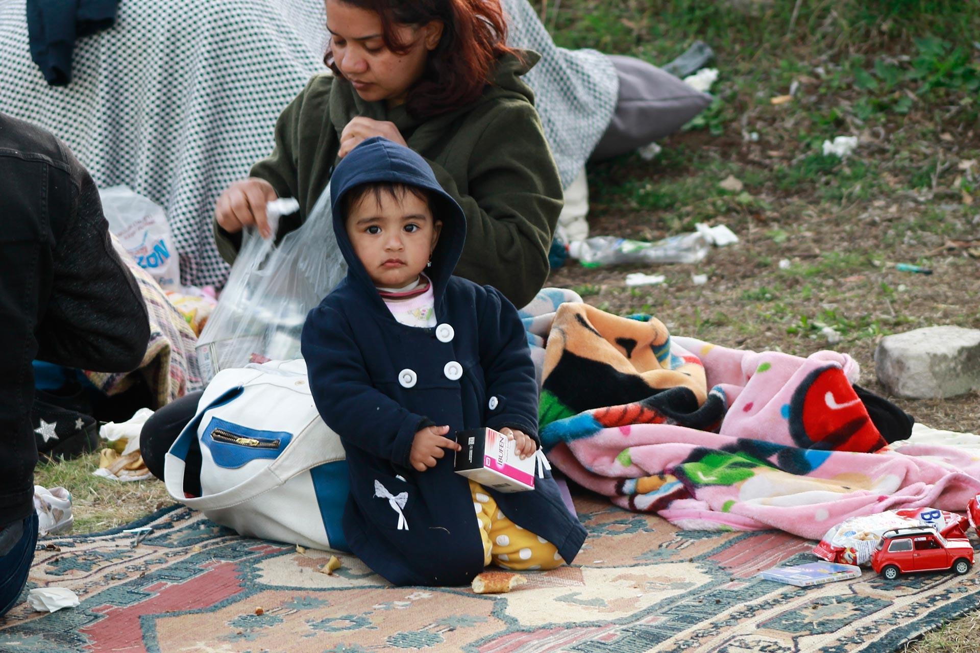Edirne Pazarkule Sınır Kapısında bekleyen mülteciler.