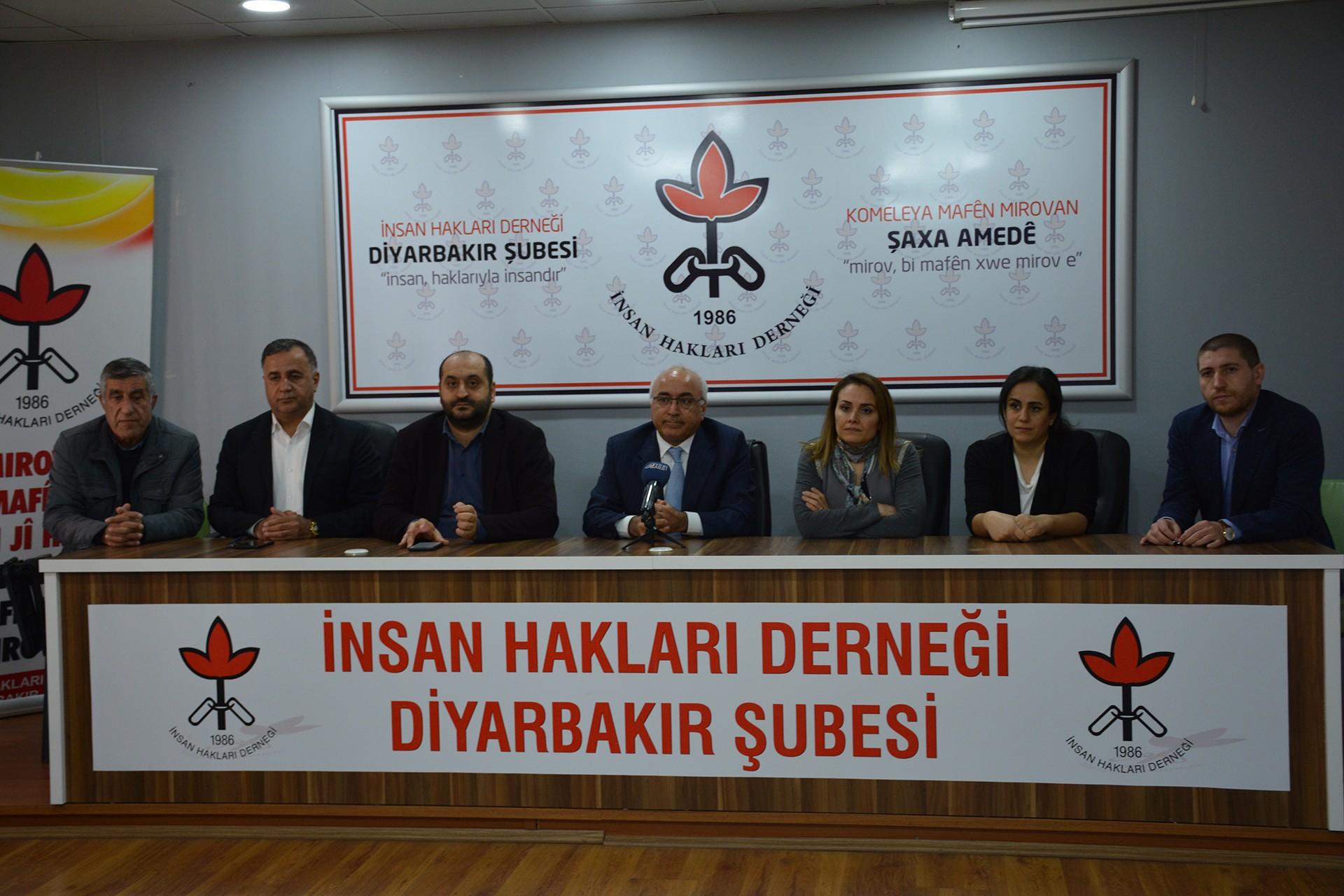 İHD Diyarbakır Şubesinde basın açıklaması düzenleniyor