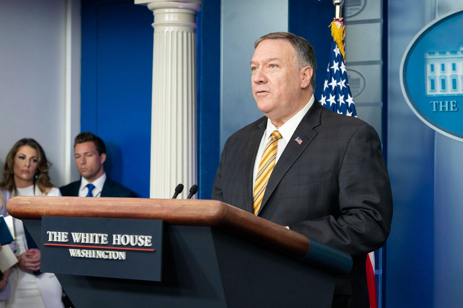 Mike Pompeo Beyaz Saray'da konuşma yapıyor