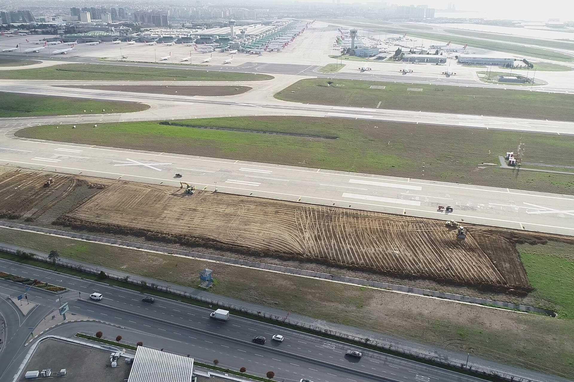Atatürk Havalimanı içinde başlayan çalışmalar havadan fotoğraflandı.