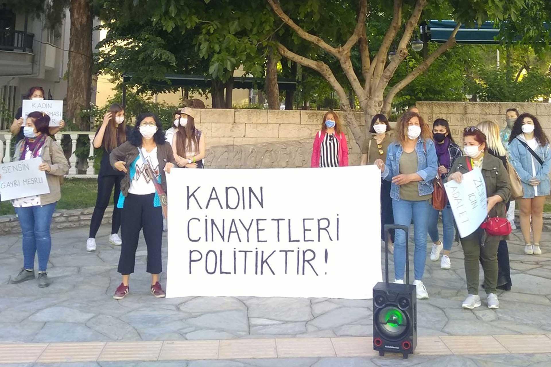 Muğla'da kadınlar öldürülen Zeynep Şenpınar için basın açıklaması yaptı.