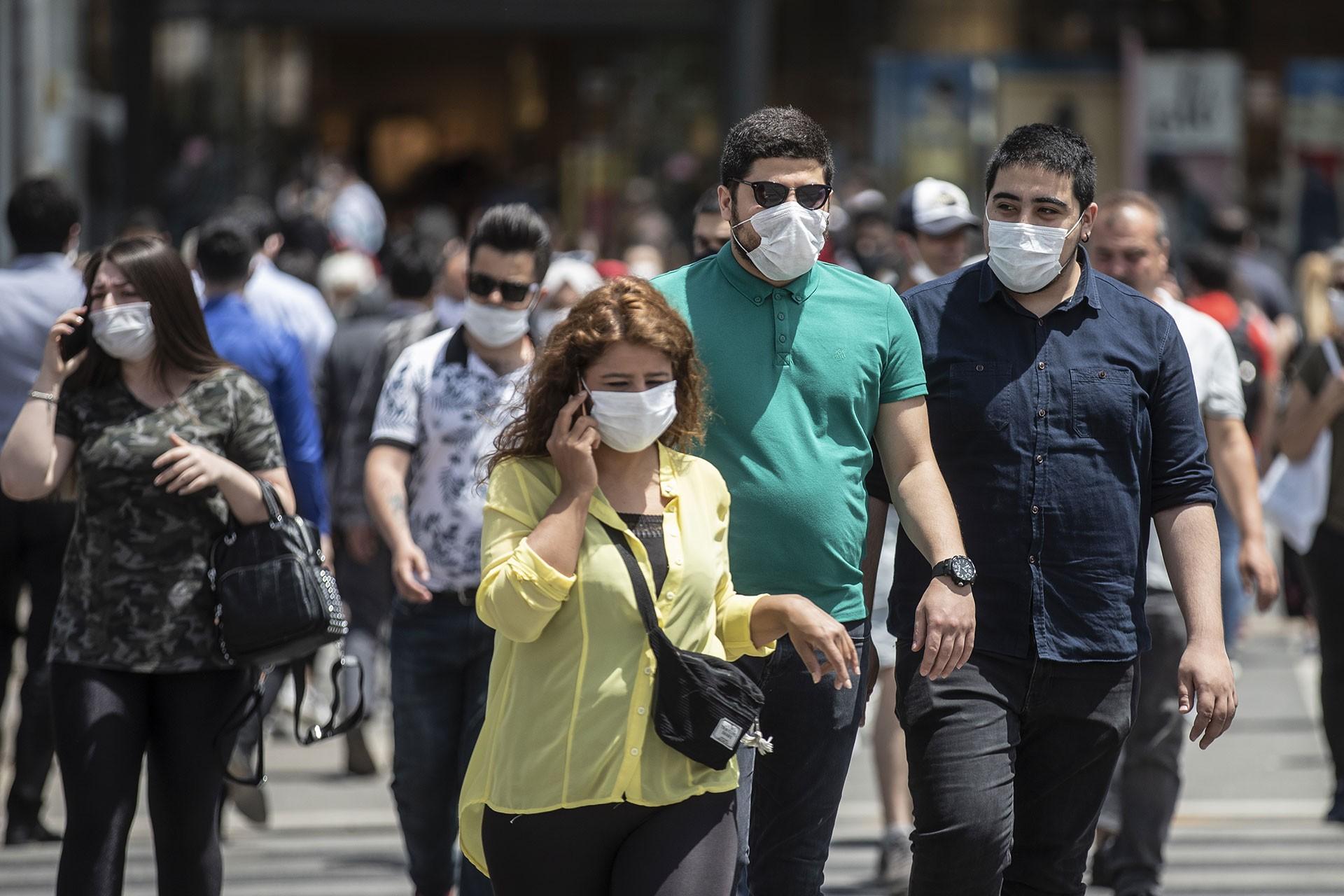 İstanbul, Ankara ve Bursa'da maske takma zorunluluğu getirildi - Evrensel