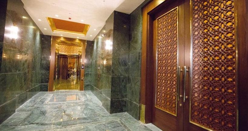 Saray kapılarının maliyeti 108 bin asgari ücretlinin maaşına denk