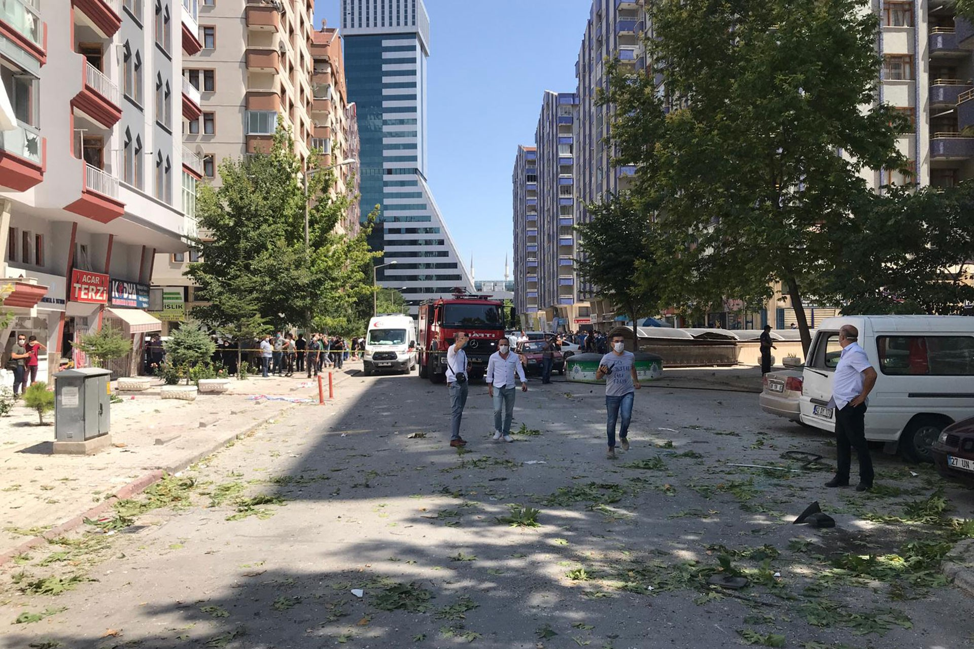 Konya'da patlama nedeniyle hasar gören iş yerleri
