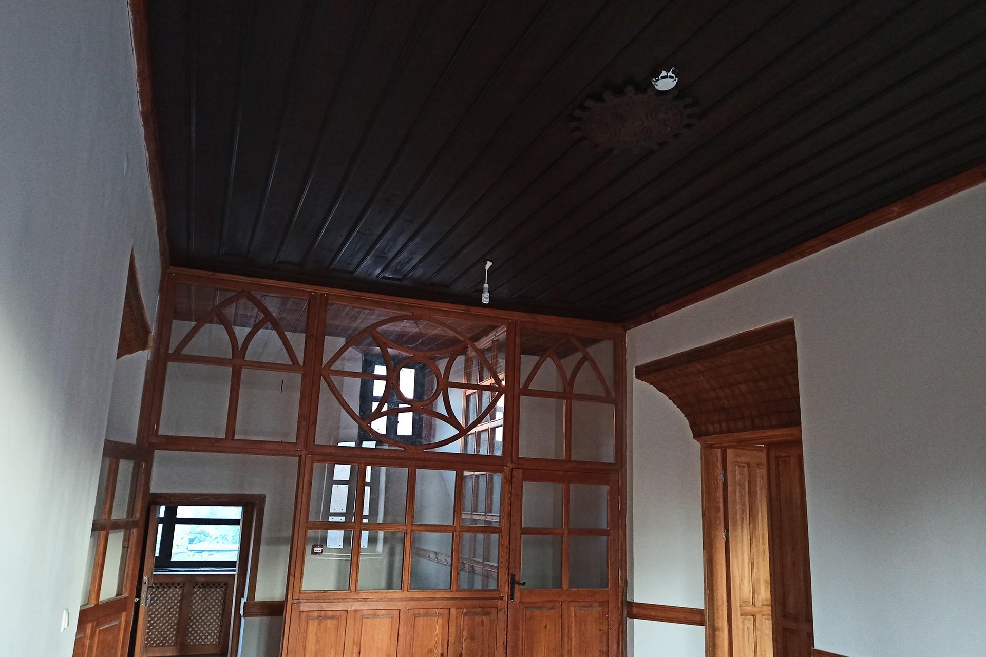 Odalar arası geçişin görüntüsüne örnek