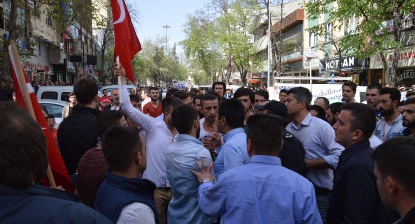Orhangazi'de HDP açılışına faşist saldırı girişimi