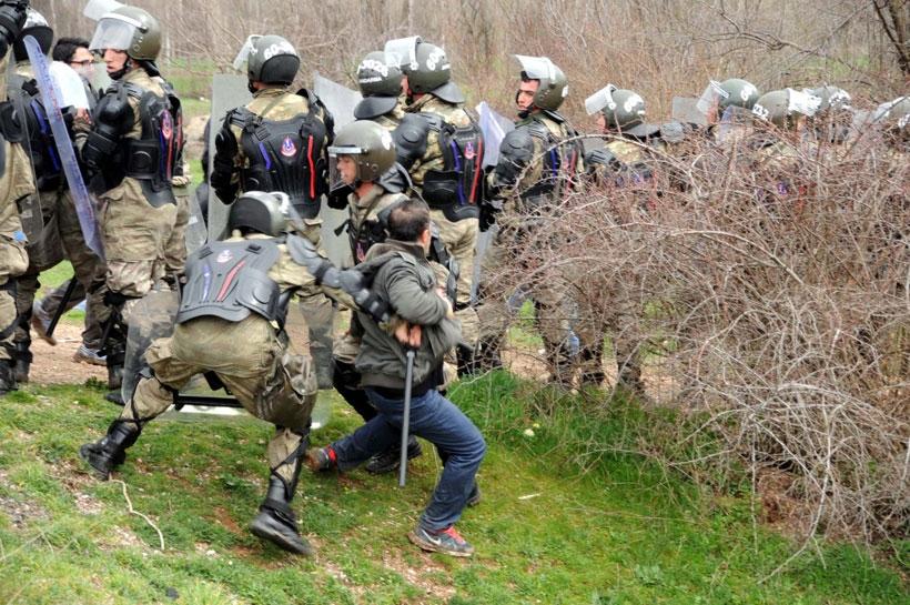Jandarma HES eylemine saldırdı soruşturma vatandaşa açıldı