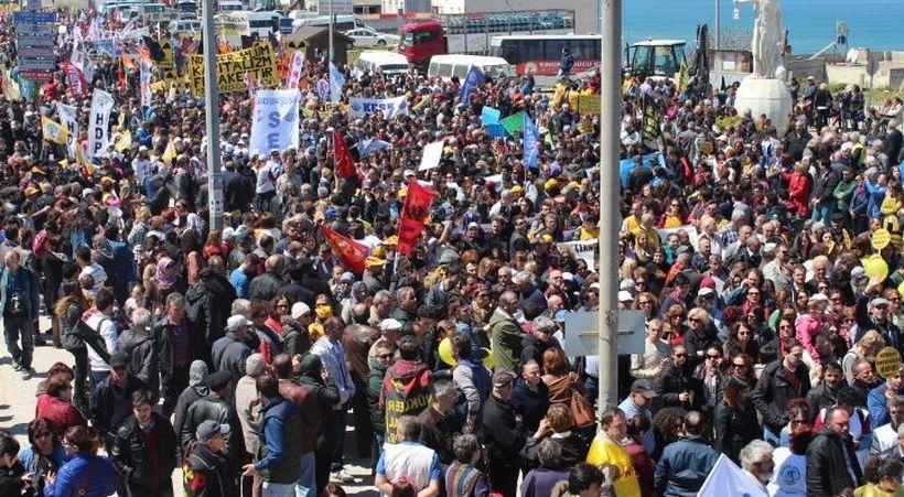 Sinop'ta on binler  'Nükleere karşı yaşam' dedi