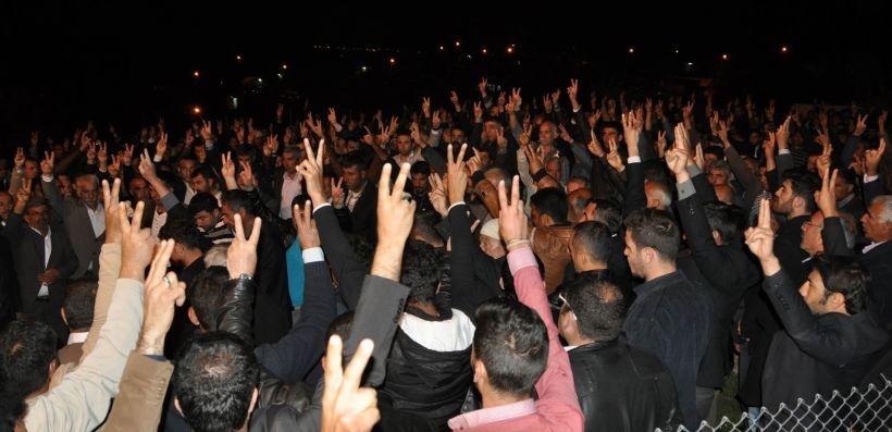 YPG'li Göçer'i binler toprağa verdi