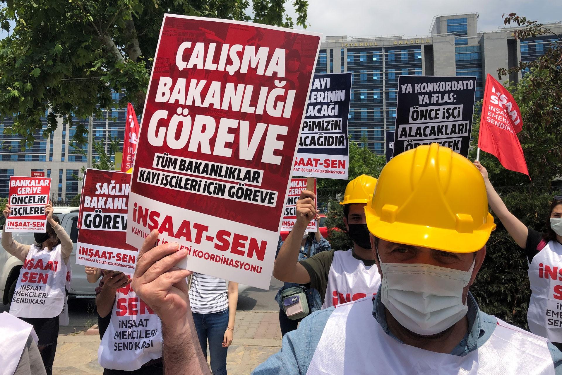 Kayı İnşaat işçileri