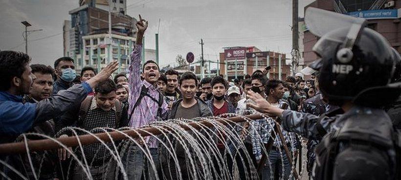 Nepal'de hükümete öfke büyüyor