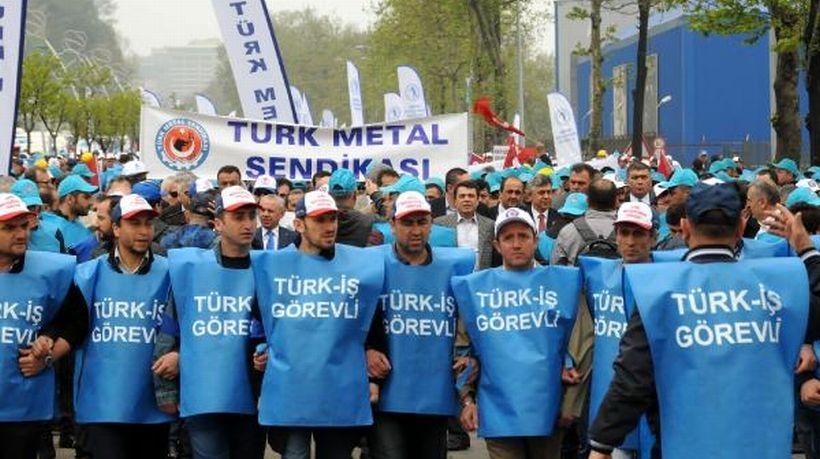 Türk-İş Zonguldak'ta kutladı