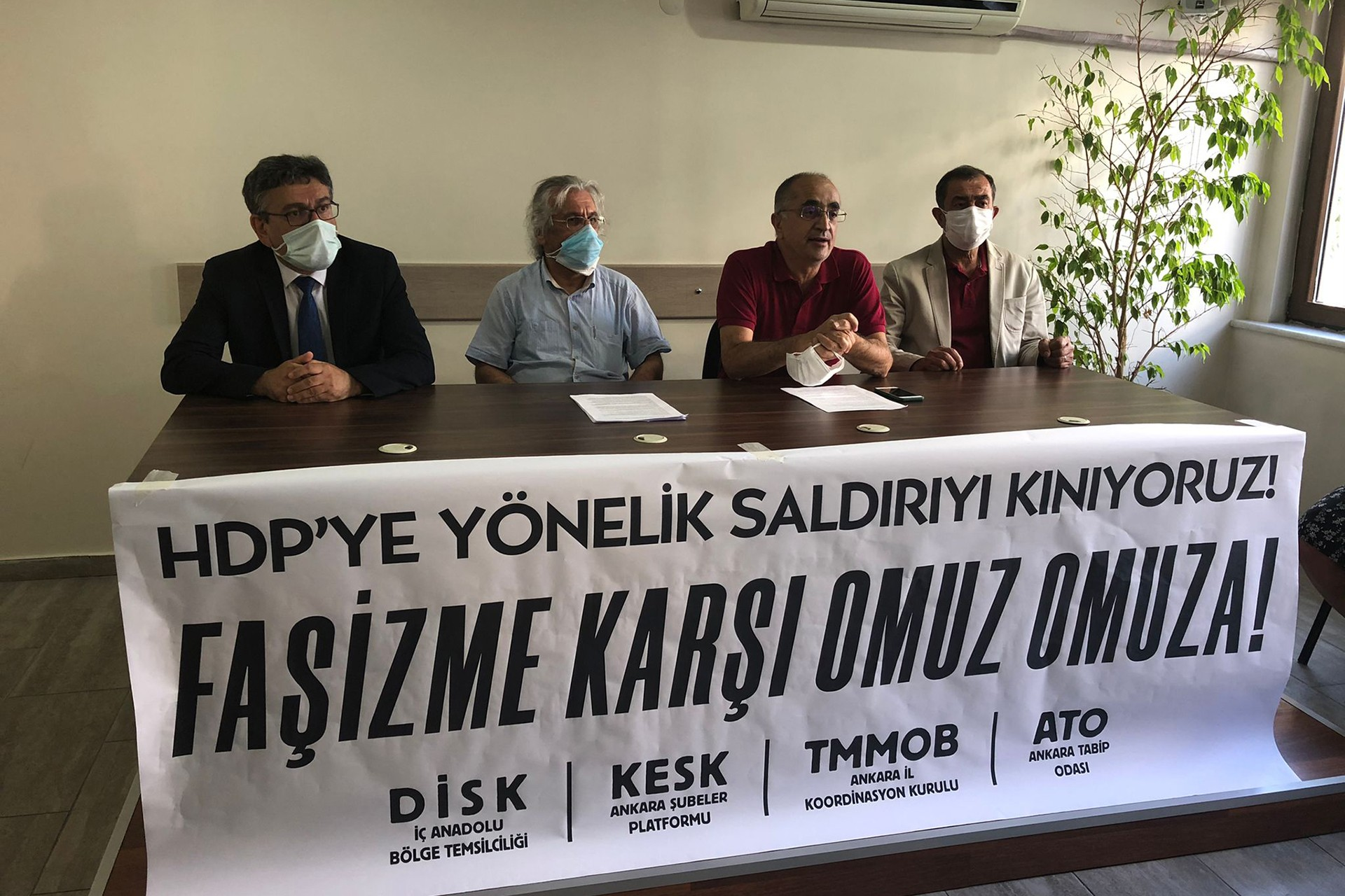 Ankara'da sendikalar ortak açıklama yaptı