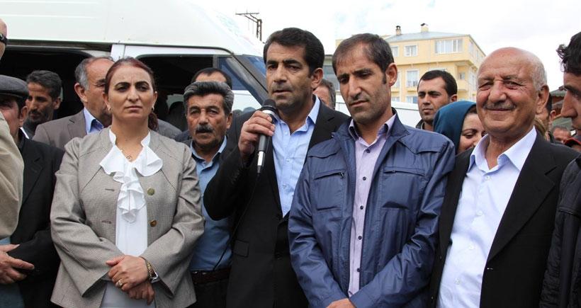AKP Başkale yönetimi HDP'ye geçti