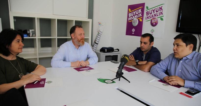 SYRIZA'dan Bournos: HDP korkuya karşı umudu yükseltiyor