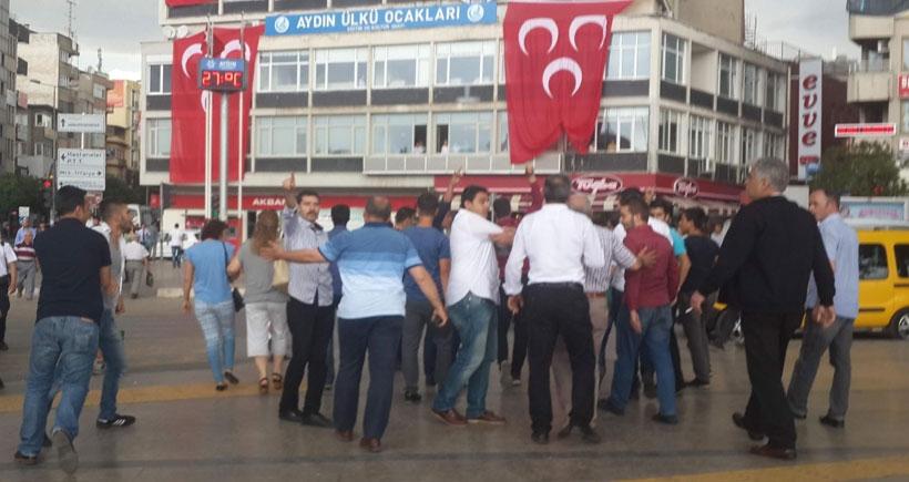 Aydın'da HDP standına ırkçı saldırı
