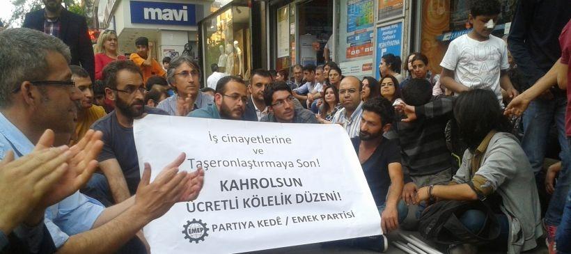 Diyarbakır'da Soma için oturma eylemi