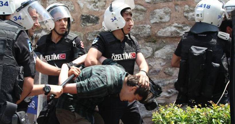 Gözaltındaki öğrencilere işkence ve cinsel saldırı