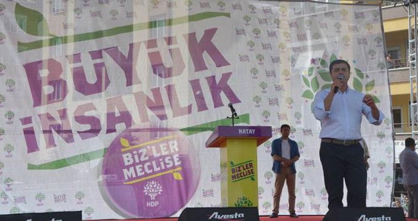 Demirtaş: Barajı geçince AKP'liler değil balkona pencereye dahi çıkamayacak