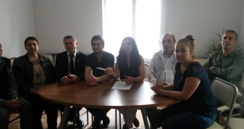 Masasında HDP broşürü var diye gözaltına alındı