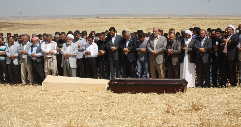 İdil'de yaşamını yitiren 2 kişinin cenazesi defnedildi