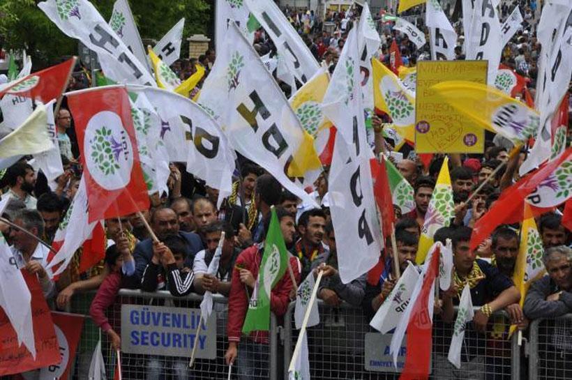 Ağrı'da HDP coşkusu