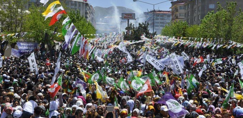 Erzurum Valisi canların değil camların derdine düştü