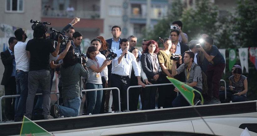 Selahattin Demirtaş: Halkımız sokaklardan çekilmeli