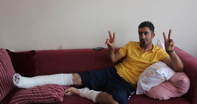 Diyarbakır'da 2 bacağından yaralandı, oy kullanmaya İzmir'e gitti