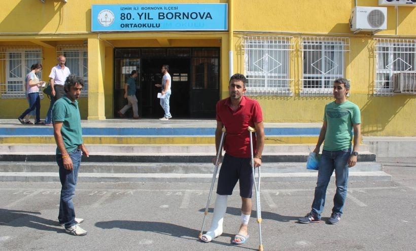 Diyarbakır saldırısında yaralanan Oral İzmir'de oy kullandı