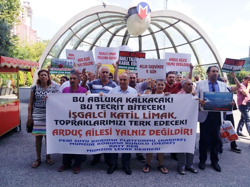 Açlık grevindeki Arduç ailesine Limak önünde destek açıklaması
