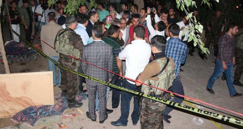 Suruç'ta AKP'li vekiller protesto edildi