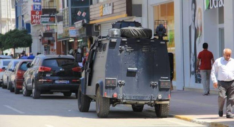 Van'da zırhlı araçların plakaları söküldü!