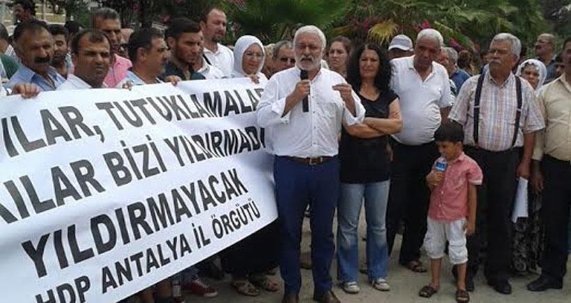 Antalya'da gözaltı ve tutuklamalar protesto edildi