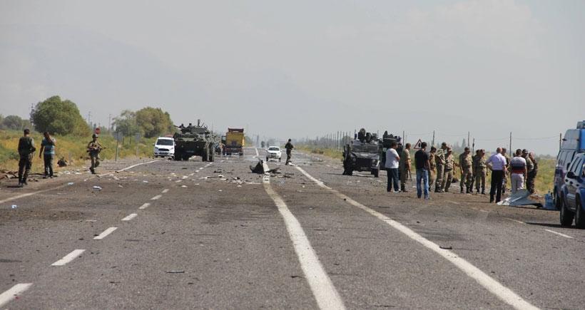 Iğdır'da polis minibüsüne bombalı saldırı: 13 polis yaşamını yitirdi