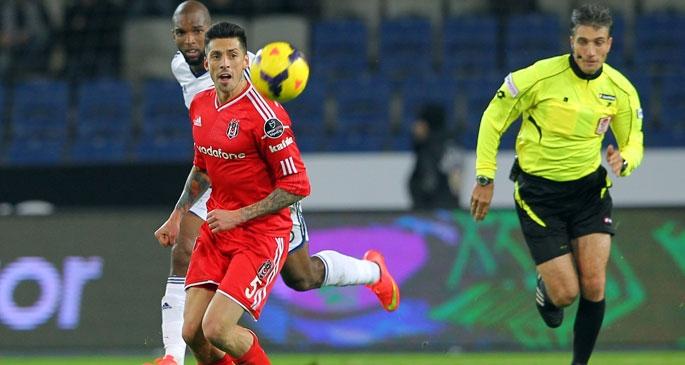 Beşiktaş, 3 puanı Demba Ba'nın 2 golüyle aldı